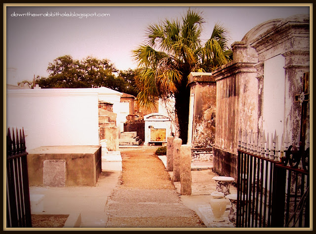 cemetery, family vaults, tombs, St. Louis Cemetery No.1