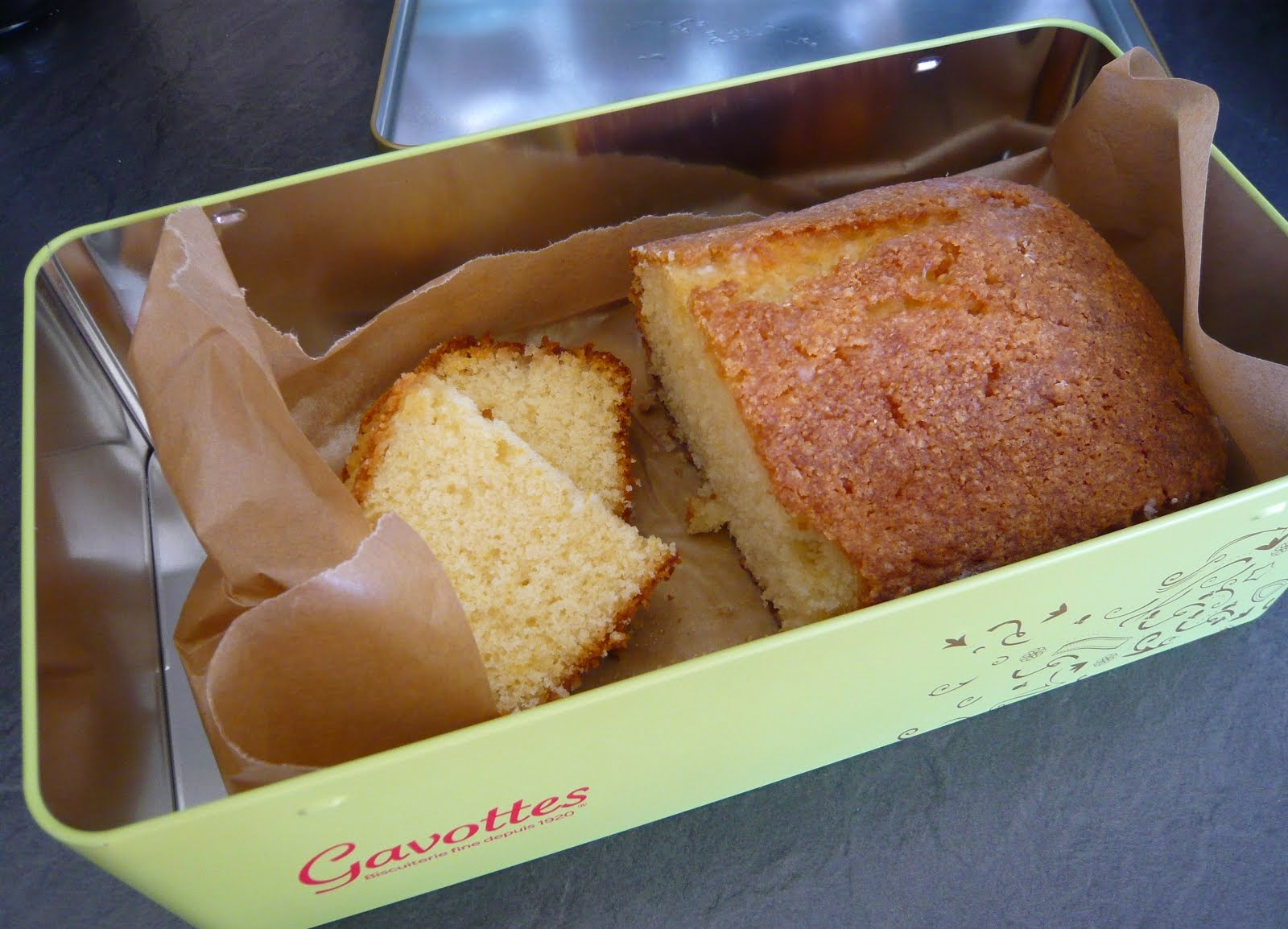 lemon drizzle cake in a dash
