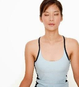 banyak orang melaksanakan caracara instant menyerupai operasi plastik dan suntik Cara Alami Wanita Awet Muda