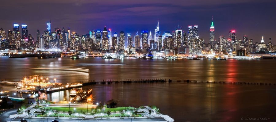 17. Manhattan Night by Lukasz C