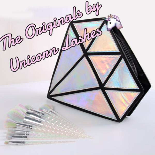 Pincéis inspirados no chifre de unicórnios e necessaire de diamante