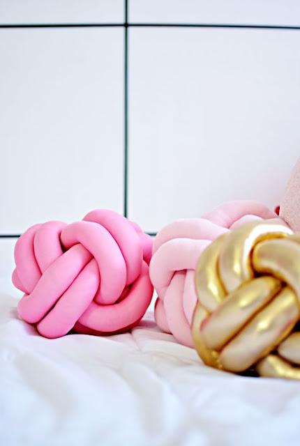 diy home decor, modern decor diy, knot pillow diy