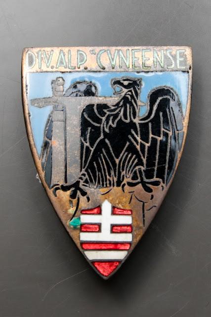 distintivo cuneense alpini csir armir ww2 italian badge