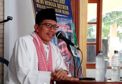 Ustadz Irfan S. Awwas