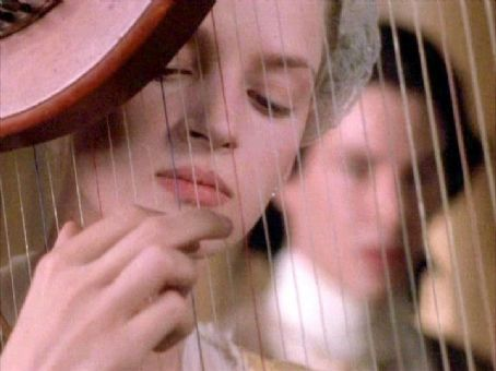 Dangerous Liaisons 1988 movieloversreviews.filminspector.com Uma Thurman
