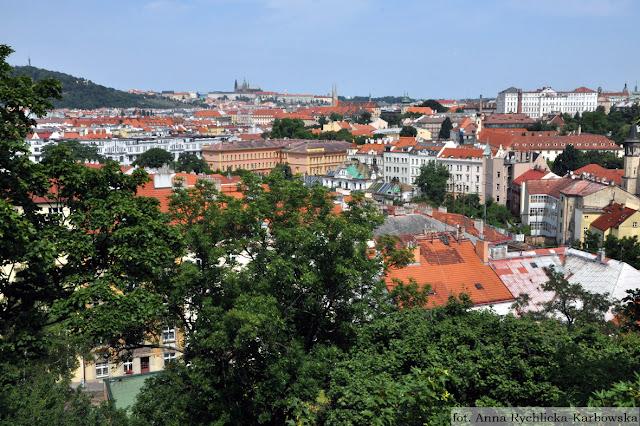 widok z Wyszehradu,panorama Pragi