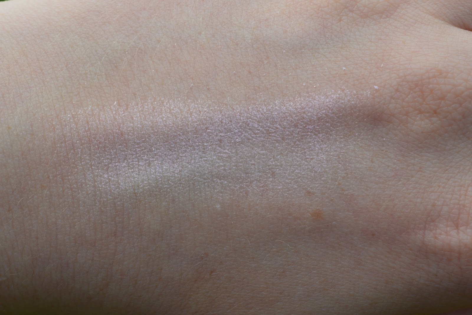 Urban Decay Aura Swatches