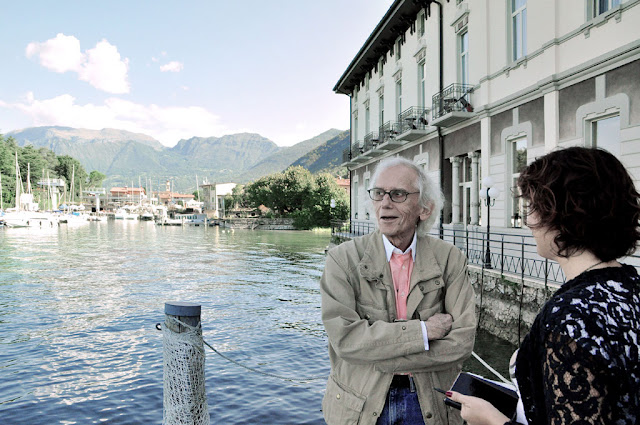 """The Floating Piers"" sul lago di Iseo ."