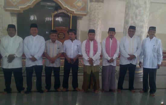 """""""Suara Ngaji Calon Bupati Aceh Singkil, Yakarim Munir Merdu Sekali"""""""