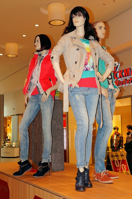 Tips When Following Style Trends That Work for You fashion mannequins