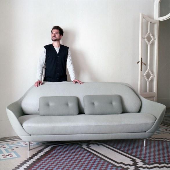 Nuove sedute di design poltrone sedie divani dal salone for Sedute di design