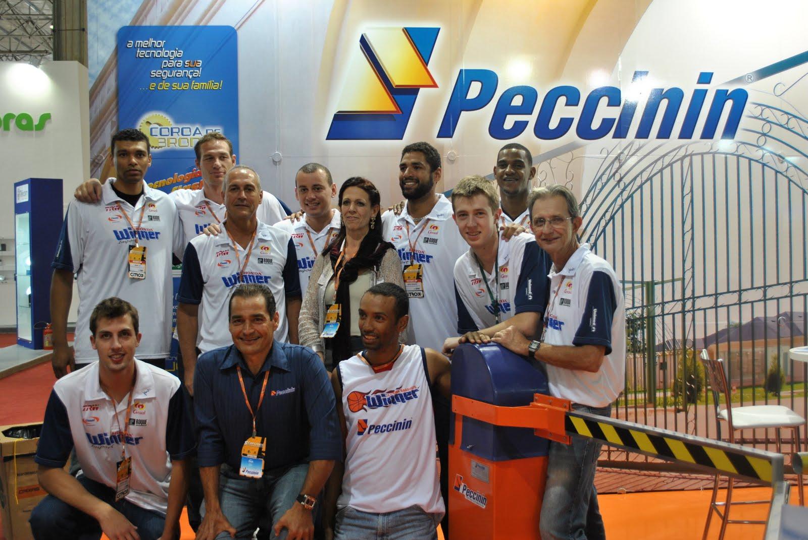Jogadores da Winner na Exposec em São Paulo d58493d3c3771