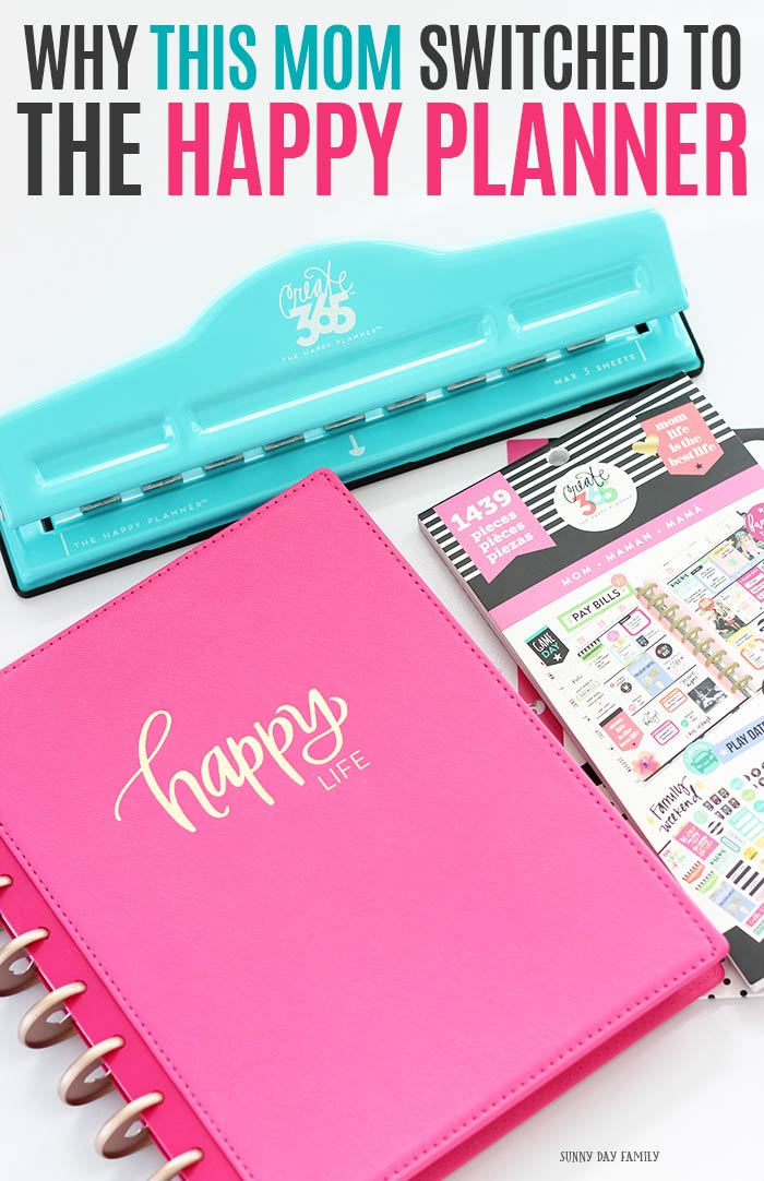 Find out why the Happy Planner is the solution you need to organize your mom life! How to customize your happy planner, happy planner printables, printable planner pages, and planner ideas all in one place. Get organized with this planner guide! #happyplanner #planner #momlife #planneraddict