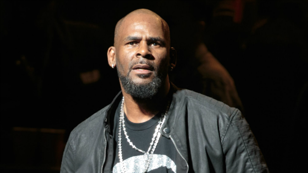 Parents Accuse R. Kelly of Holding Their Daughters in Abusive 'Cult,' Report Claims