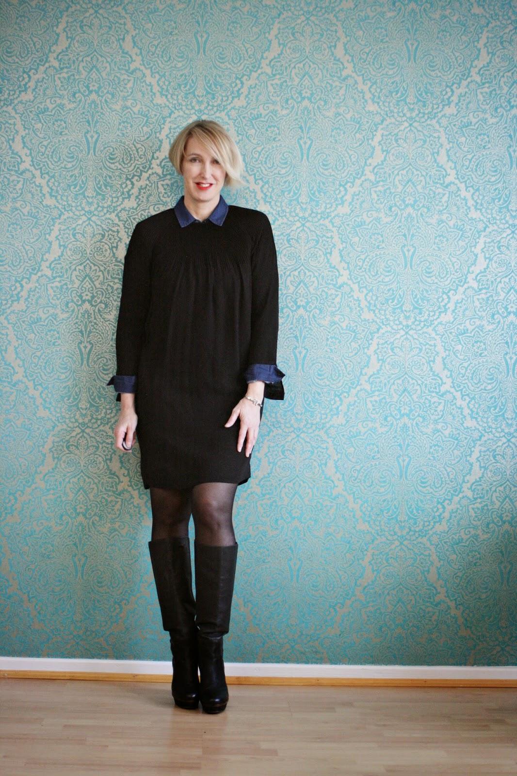 kurzes kleid mit hohen stiefeln kombiniert glam up your lifestyle. Black Bedroom Furniture Sets. Home Design Ideas