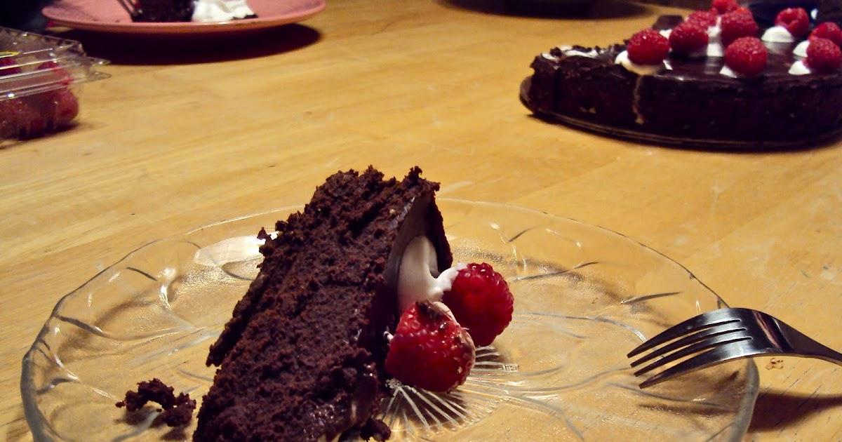 Busy Bakers Dark Chocolate Torte With Raspberry Sauce