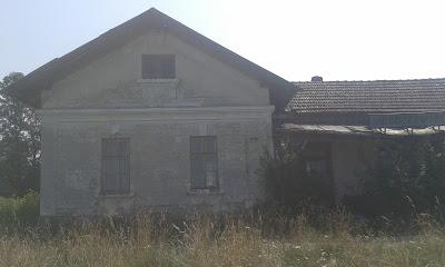 Dawny dworzec kolejowy w Podczerownym