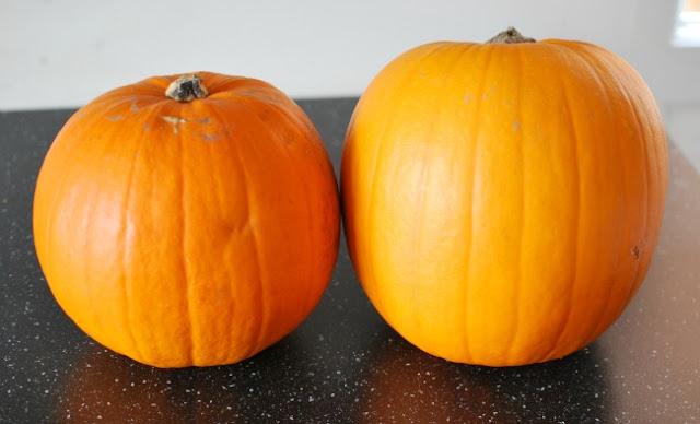 2 pumpkins