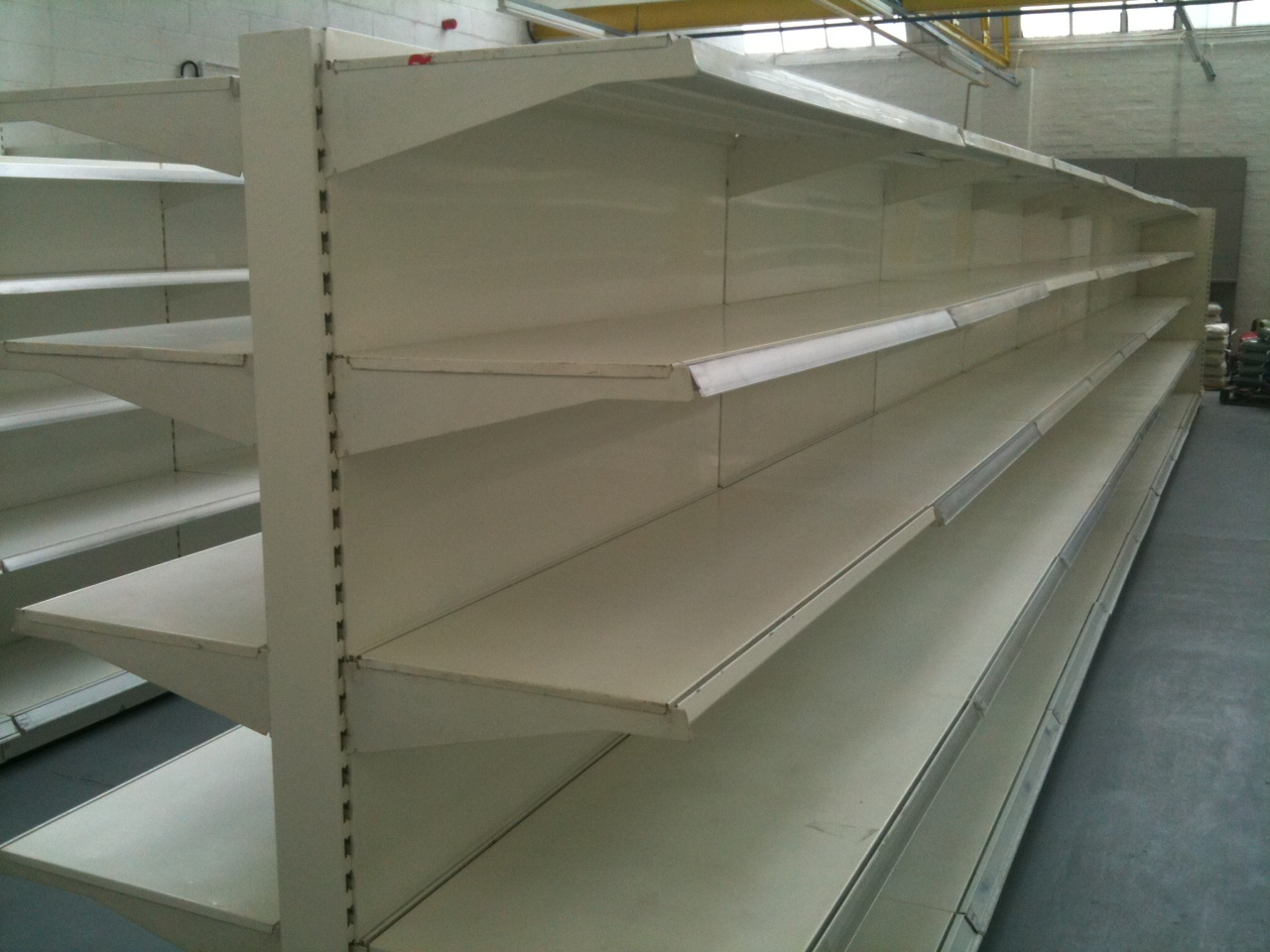 Second Hand Shop Fittings Melbourne Experts In Shop Fitting And Shop Shelving Shelving4shops