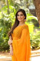 Anchor Manjusha Latest Saree Photos TollywoodBlog