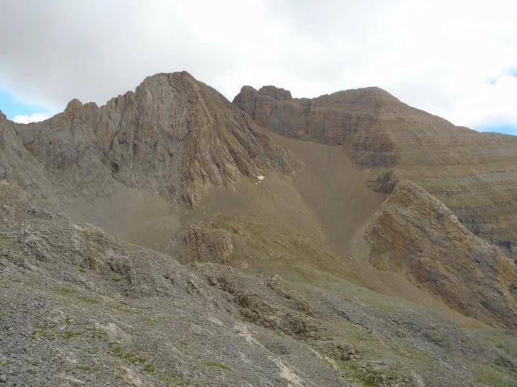 Punta de Armeña o Pico Espouy y Punta de las Coronas