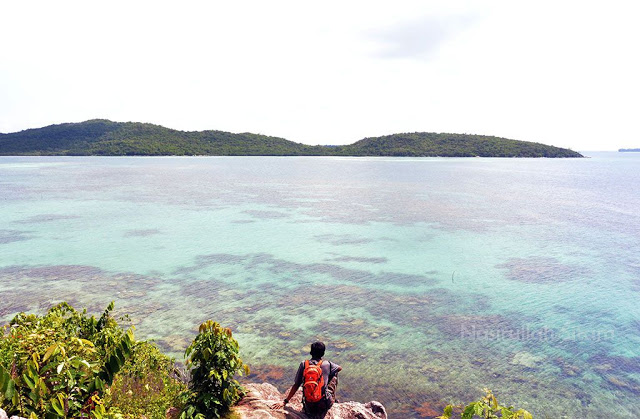 Pemandangan dari pantai Annora