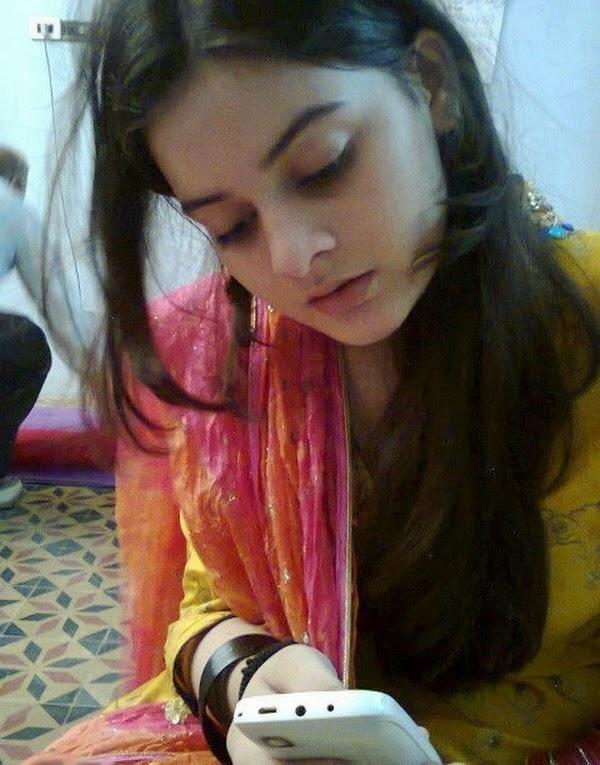 one line love shayari kavita cute sweet line
