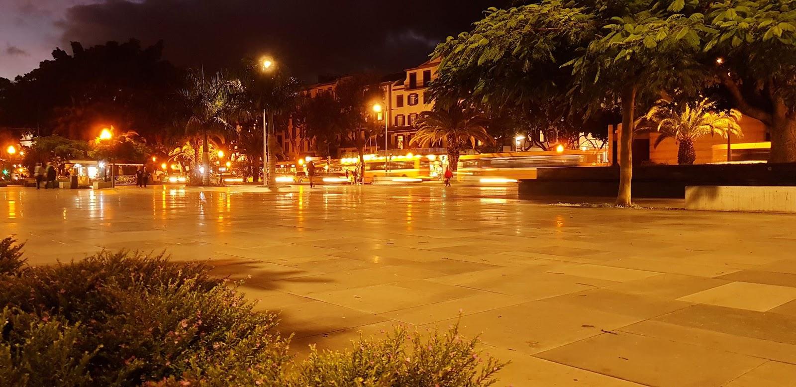 a Praça do Povo