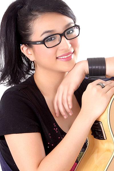"Zia Quizon, to release sophomore album titled ""A Little ..."