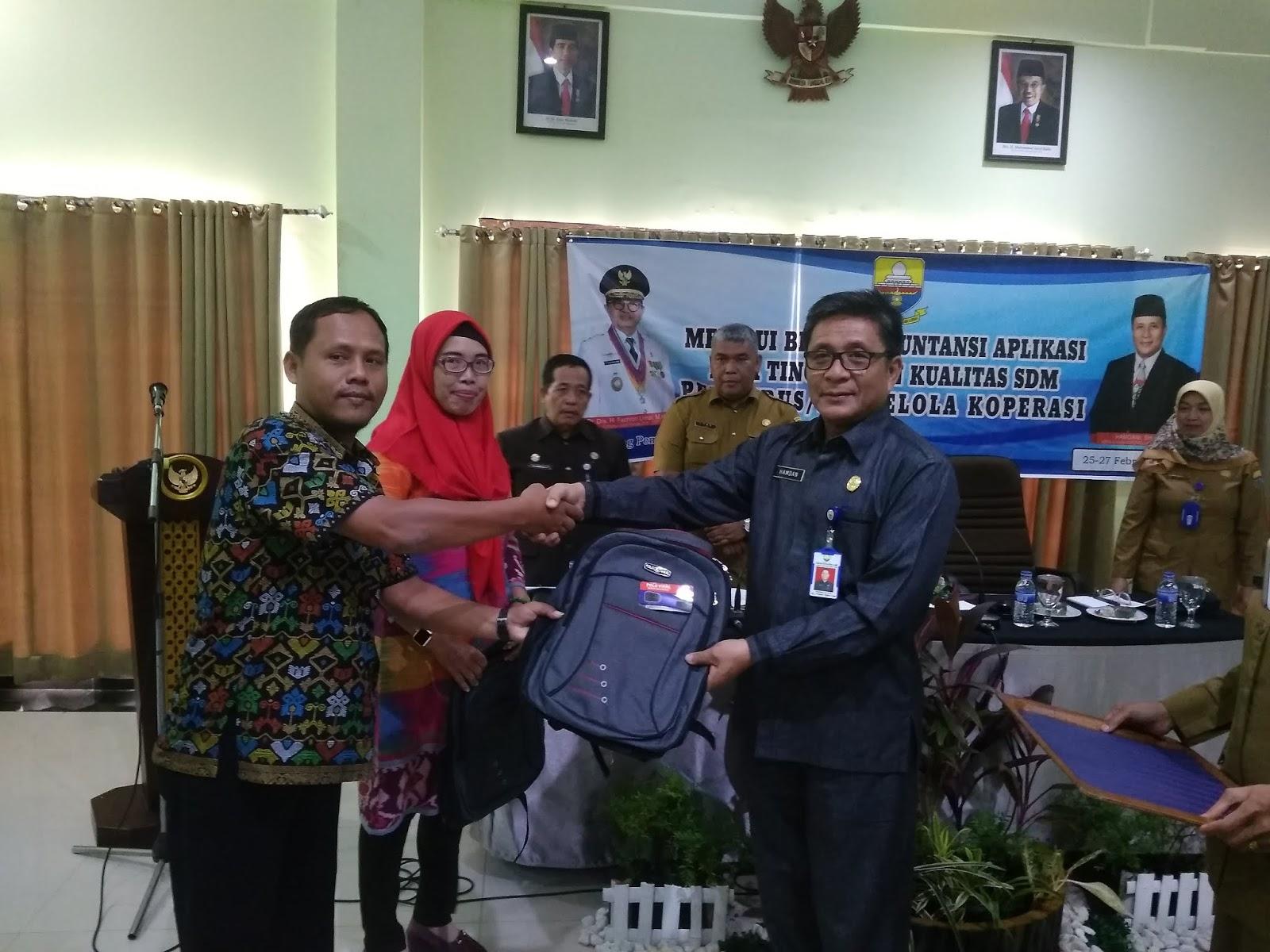Kadis Koperasi dan UKM Provinsi Jambi Buka Bintek Akuntansi Aplikasi Meningkatkan Kualitas SDM Pengurus Pengelola koperasi.