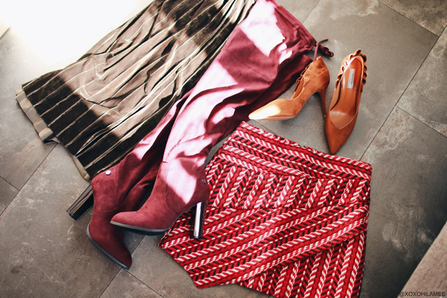 日本人ファッションブロガー、MizuhoK、Newin,購入品、キャメルスエードポインテッドトゥフラットトリムスティレットパンプス、ダークレッドのクロシェ柄アシンメトリースカート、スウェードバーガンディーサイハイブーツ、ダークグリーンベルベット/ベロアプリーツスカート from SheIn