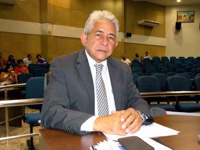 INÉDITO! VEREADOR PROPÕE REDUÇÃO DE CADEIRAS NA CÂMARA DE MARABÁ