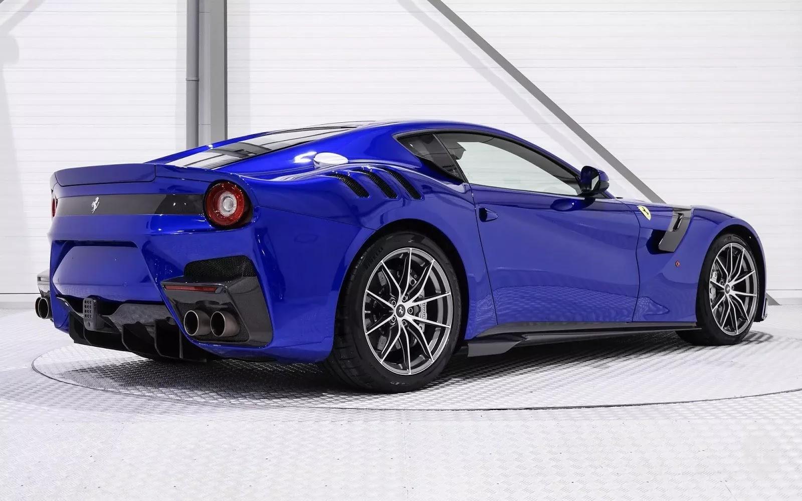 Ferrari-F12tdf-Blue-3.webp