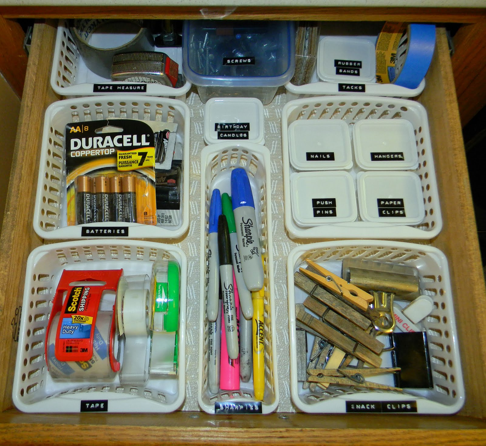 Organization Ideas For Junk Drawers: IT'S ALL GOOD.: FUnkY JuNk Junk Drawer