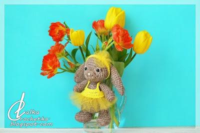http://lalkacrochetka.blogspot.com/2017/07/summer-bunny-wakacyjny-kroliczek.html