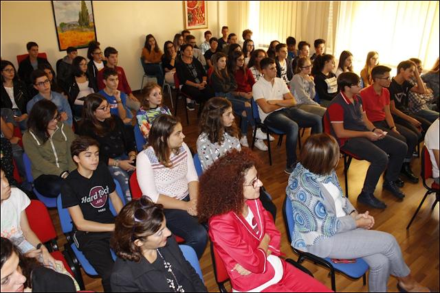 """Una grande opportunità al Liceo Scientifico : """"alternanza scuola-lavoro""""."""