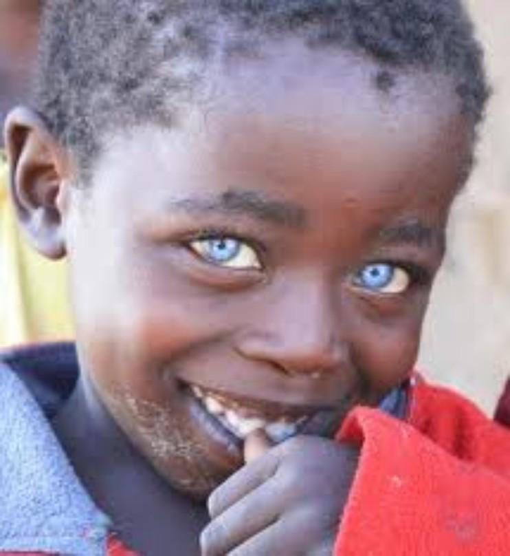 Blue eyed lad