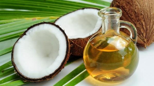 minyak kelapa untuk menguatkan rambut rontok