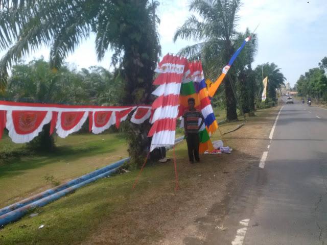 Jualan Bendera Dan Umbul Ubul Hiasi PALI