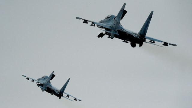 Cazas rusos Su-27 interceptan dos aviones espías de EE.UU. sobre el mar Báltico