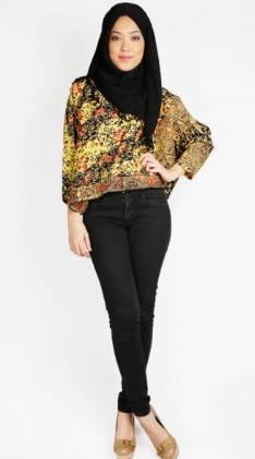 Silfia Ametha Model Baju Batik Wanita Simpel Modern