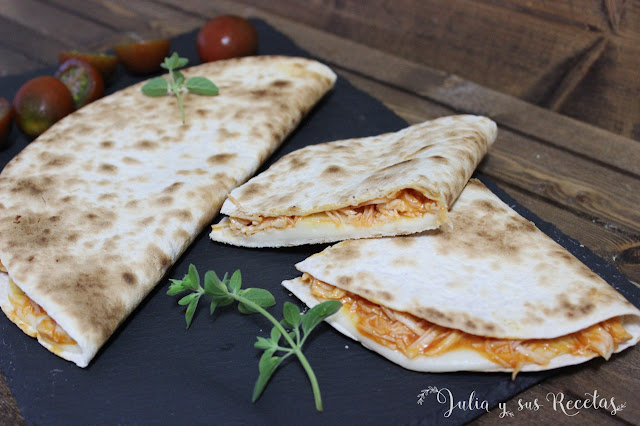 Quesadillas de pollo y mozzarella