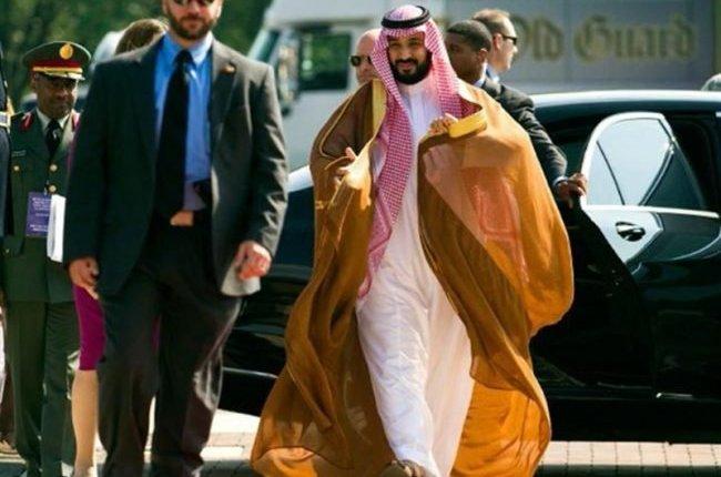 الملك محمد بن سلمان يتنازل عن الحكم لابنه محمد عما قريب