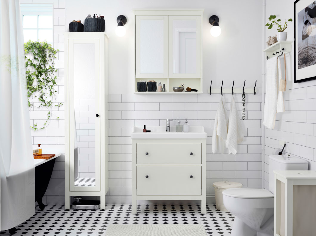 Une salle de bain zen avec du carrelage blanc - Inspire MAG