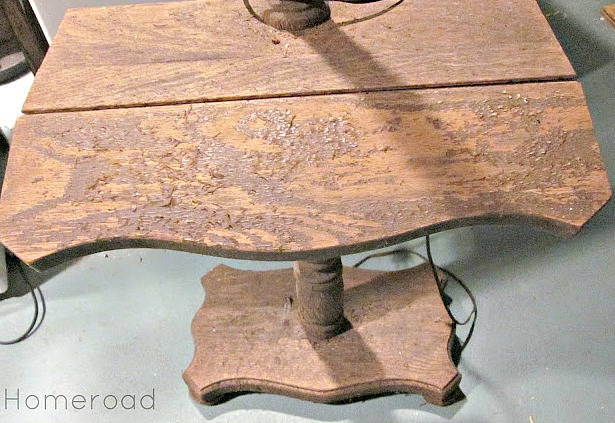 Bun Footed Tabletop Wooden Pedestal