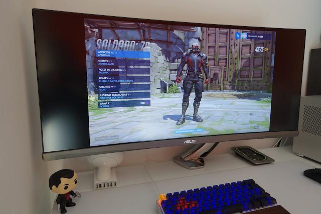 Gaming monitor 21:9 ultra panorámico curvo PG348Q