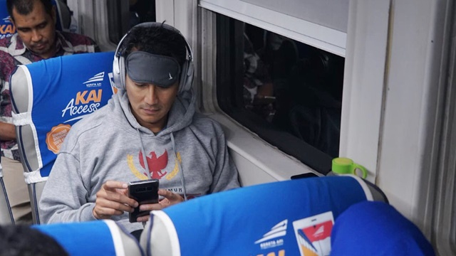 Lima Postingan Sandiaga Uno Bikin 'Baper' Warganet