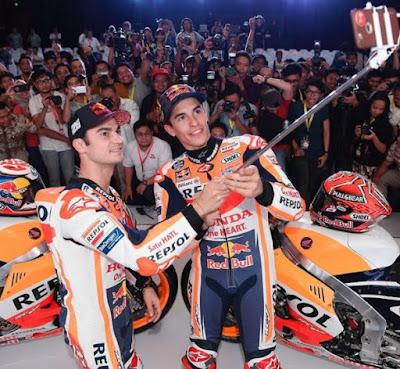Marquez & Pedrosa Selfie