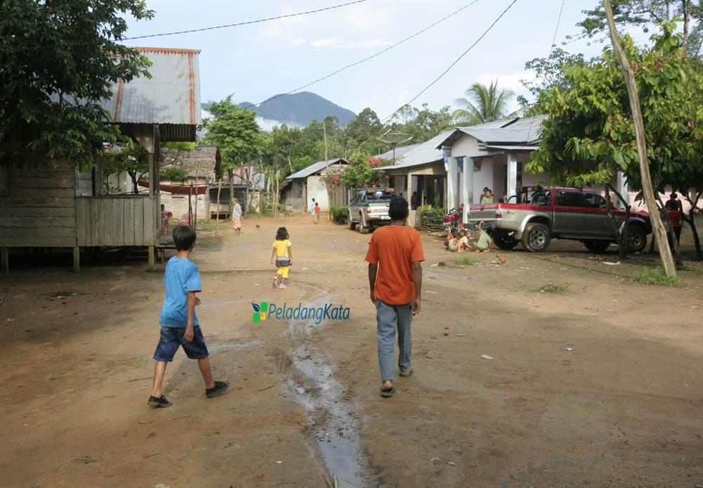 Dusun Keranji, Desa Karya Bhakti, Kecamatan Sungaibetung, Kabupaten Bengkayang, Kalimantan Barat.