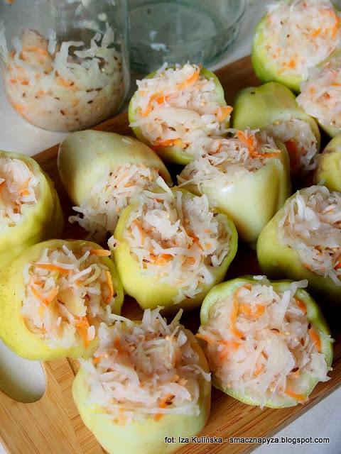 papryki kiszone, kiszenie kapusty, faszerowana papryka, kiszonki, kiszone warzywa, przetwory, samo zdrowie, wegierski przysmak